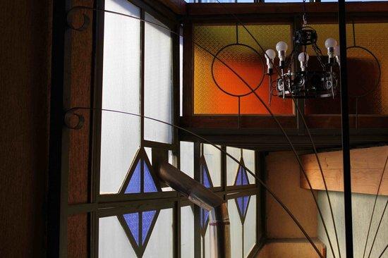 RC Deco Art Hotel Boutique: Window Detail inside