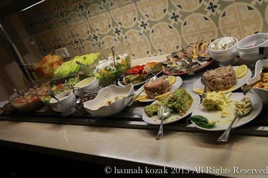 Arthur Hotel Jerusalem - an Atlas Boutique Hotel: Excellent breakfast selection.