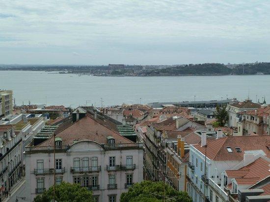Terrace BA : Vue sur le Tage et Lisbonne