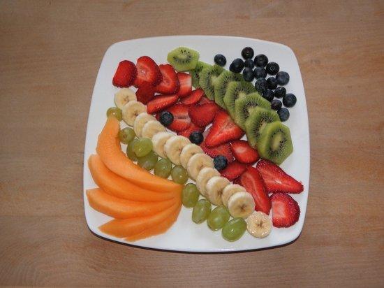 Belleview House : Fresh Fruit Platter