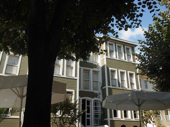 Hotel Yesil Ev: 外観