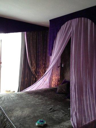3.14 Hotel: très belle chambre et love box