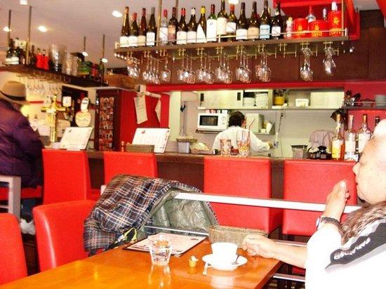 Residential Hotel B: CONTE Asakusa : Hotel Breakfast in Cafe next door