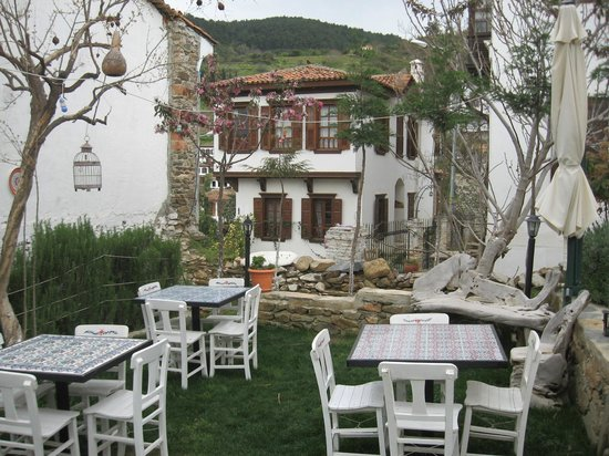 Markiz Konaklari Boutique Hotel: View of eating area