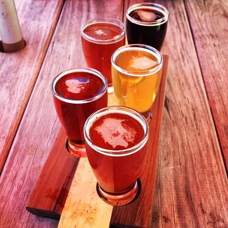 Eastern Shore Brewing: Beer flight