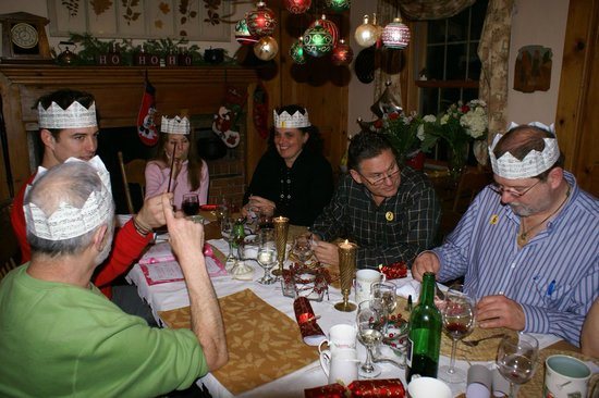 Fisherman's Daughter: Christmas dinner with the other guests at FD