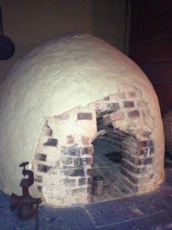 Mirador Tiquicia: wood oven