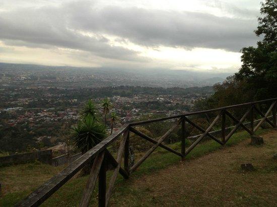 Mirador Restaurante Tiquicia: Daytime view