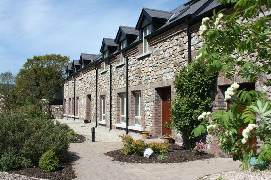 Ashford Self Catering Holiday Homes: Outside