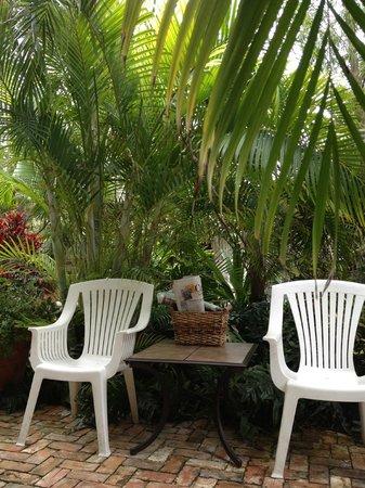 Papa's Hideaway: Sitting area