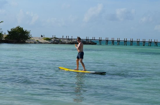 NIZUC Resort and Spa: Paddle Boarding is available through lifeguards.  They are planning to have more activities soon