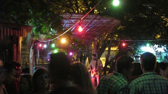 Howler Bar & Restaurant: More outdoor fun!