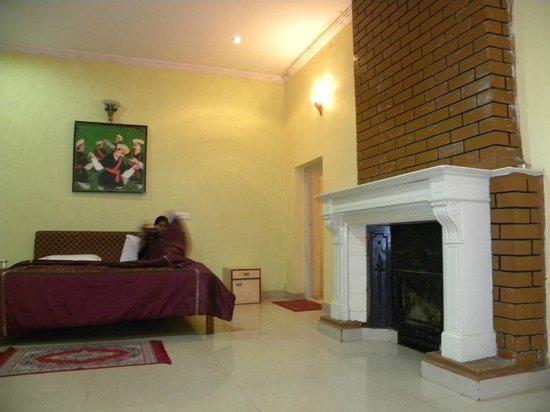 Hotel Mayura Sudarshan Ooty: Room