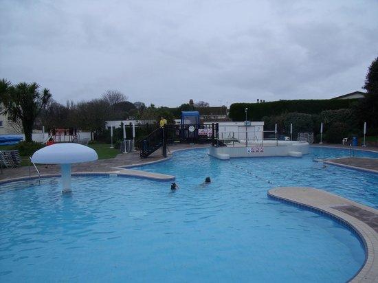 ميرتون هوتل: The pool