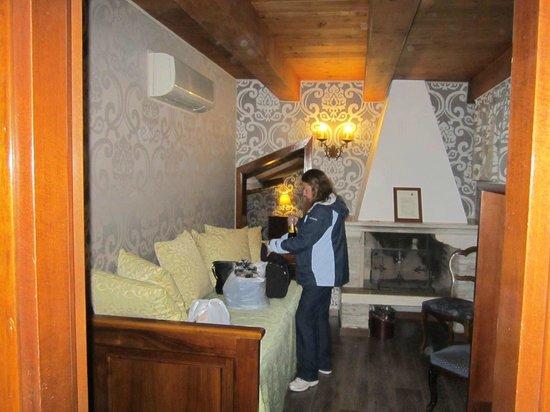 Ca' Priuli: Room 505 - sitting room.