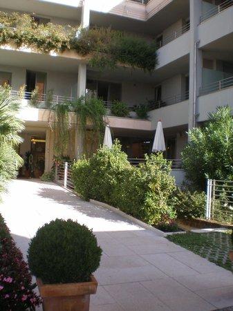 Hotel Idania: entrance