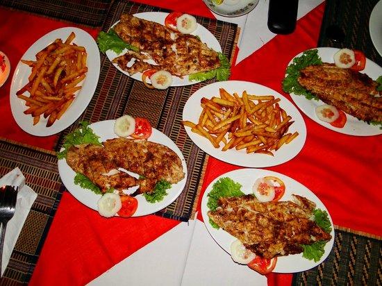 Min Thu - Traditional Seafood Restaurant : Pommes ein Traum
