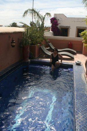 Riad Jenaï : piscine
