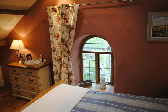 Stags Head Farm B & B: Heather Room