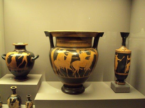 Musée d'art cycladique : Attica vases