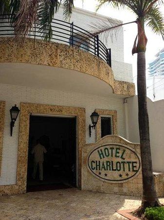 Hotel Charlotte : Eingang