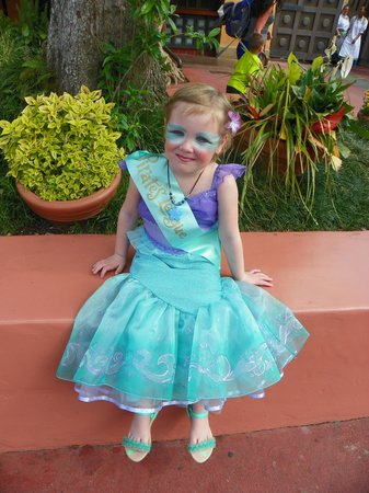 The Pirates League: Mermaid Makeover--Absolutely Adorable!