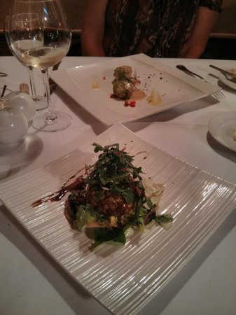 Momo Old Town: Thai fishcake and Scallops Starters