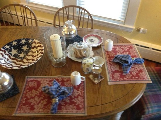 16 Beach Street Bed and Breakfast: breakfast ready for you when you get up every morning