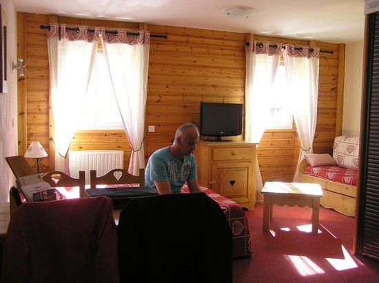 Hotel Les Autanes : chambre