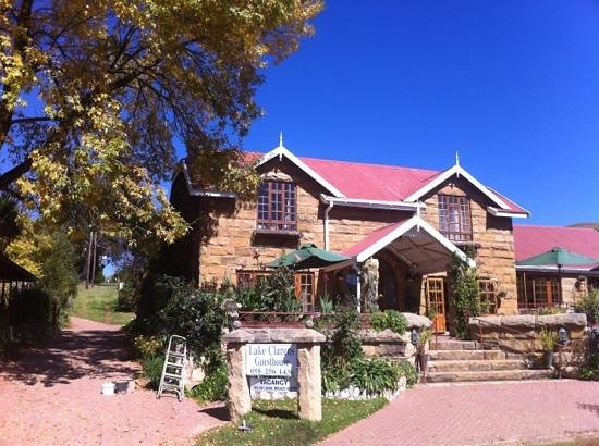 Lake Clarens Guest House : Charming, rustic Lake Clarens Guesthouse