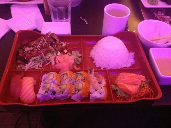 Sakura Sushi: Bento Box (with eel teriyaki)