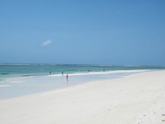 Southern Palms Beach Resort: Plage