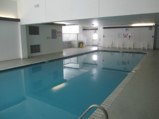 Erie Islands Resort Marina : Indoor pool
