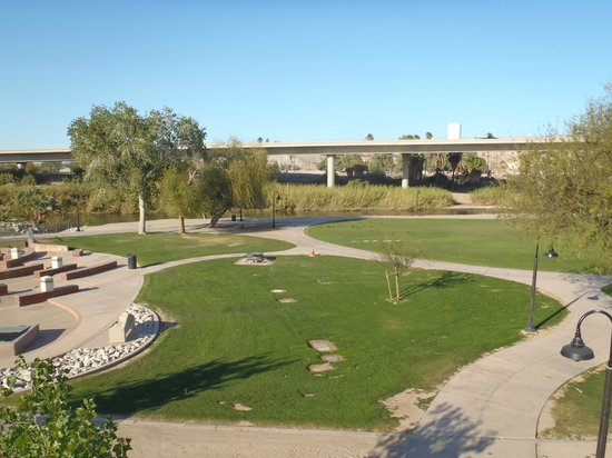 Yuma Crossing National Heritage Area: Park and interstate