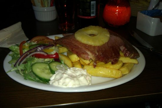 Beinglas Farm Campsite: Gammon and chips was amazing