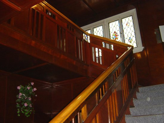 Zlota Palma - Guest Rooms: Staircase