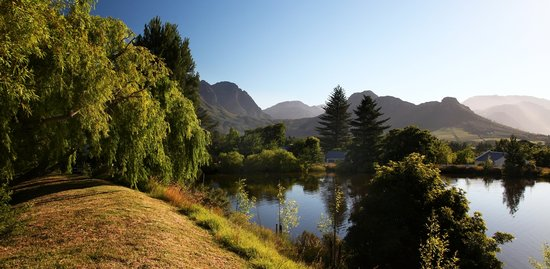 Bo La Motte Farm Cottages: Admire the views from the top dams