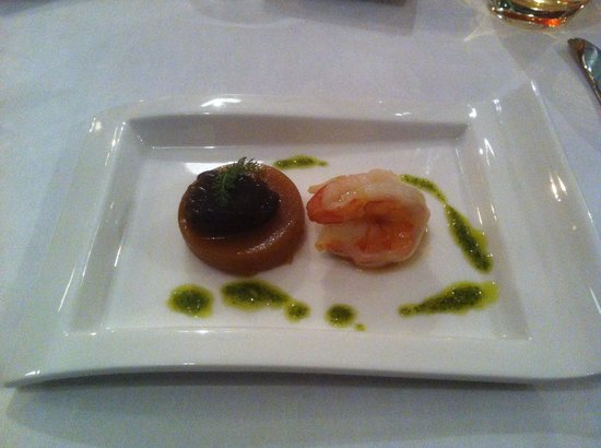 Parkhotel Cochem : Oxtail jelly with morello and king prawn