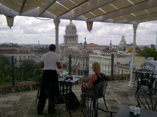 Iberostar Parque Central: Roof terrace lunch