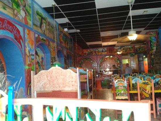 Crawfordsville, IN: inside of restaurant