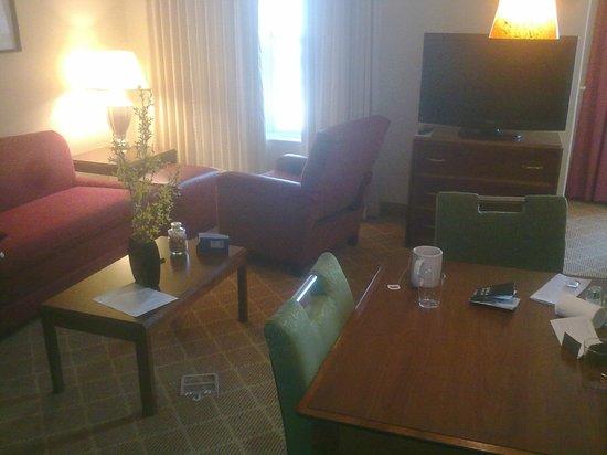Residence Inn Boulder Louisville: Room / Saloon