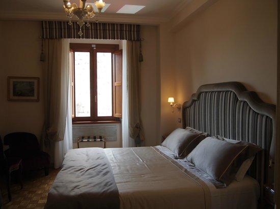 Hotel Forum Roma: Chambre Deluxe