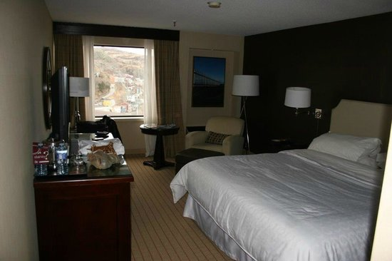 Sheraton Hotel Newfoundland: Room furnishing