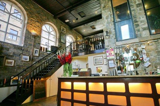 Buon Apps Italian Restaurant : Downstairs in the bar