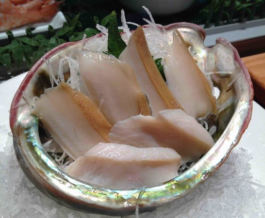 restaurant koi : abalone sashimi