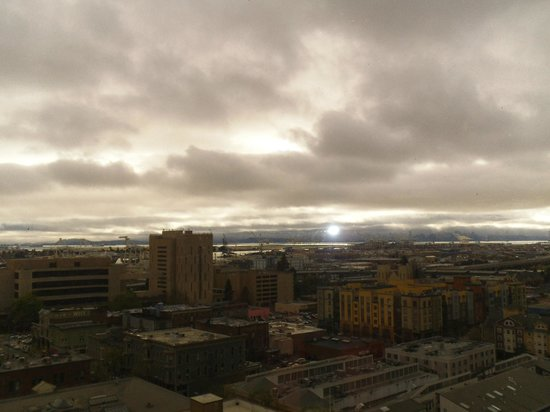 Oakland Marriott City Center: View from the Viewing Deck on Top of the Hotel Building