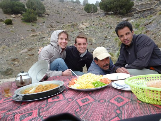 Mountain Travel Morocco: Trek 2 days in Atlas with Hassan & Mustafa