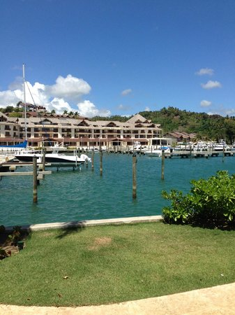 The Bannister Hotel & Yacht Club: Amazing hotel grounds