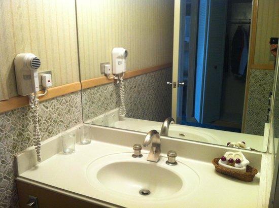 Best Western Plus Hotel Terraza : Mucha limpieza en el baño