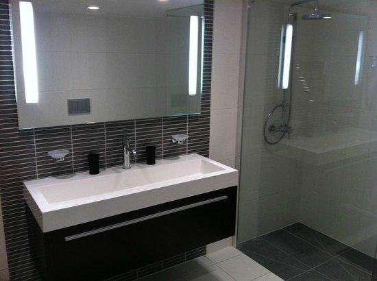 Hôtel de la Mare : Suite junior - Bathroom view